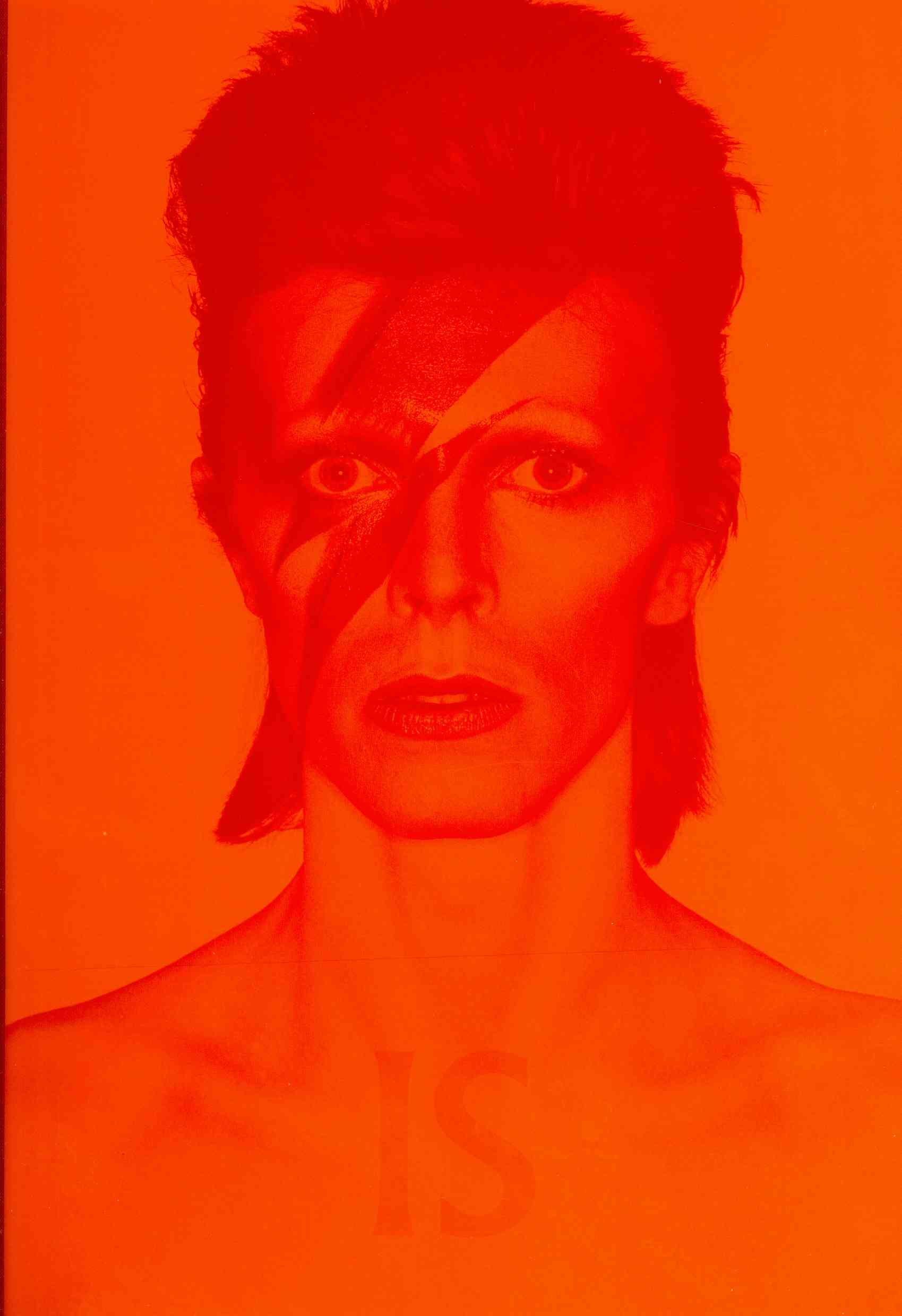 David Bowie Is... By Broackes, Victoria (EDT)/ Marsh, Geoffrey (EDT)/ Frayling, Christopher (CON)/ Goodall, Howard (CON)/ Paglia, Camille (CON)